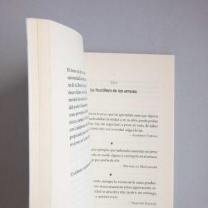 Páginas interiores del libro Citas de filosofía, ciencia y pensamiento crítico